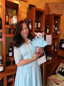 Pictured: Theresa Ronayne, founder and secretary of Animals First and rescued Chihuahua, Butch at Wag and Wine 2013.