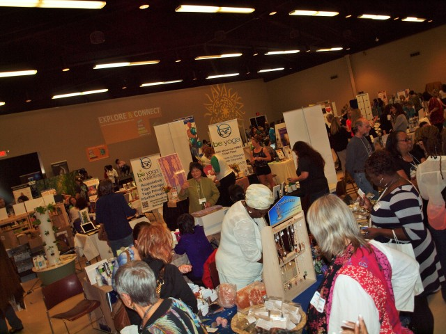 Participants browse vendor booths at SHIFT Charlotte 2014