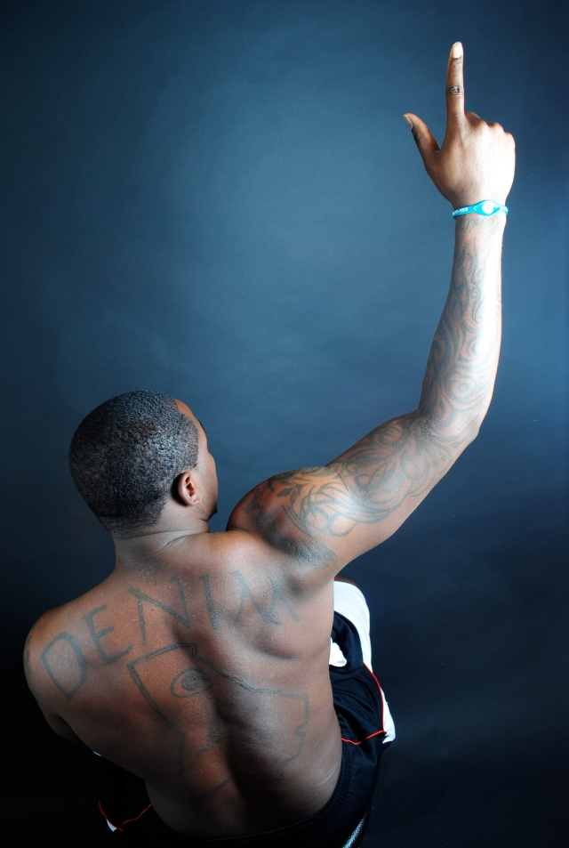 "Carolina Panthers linebacker Thomas Davis shows support for his home state as part of photography collection ""Inked: The Story Behind the Art."" CEA Read more here: http://www.charlotteobserver.com/news/local/community/south-charlotte/article29539210.html#storylink=cpy"